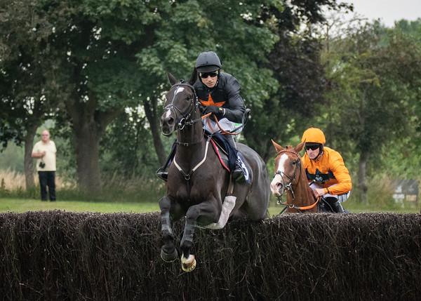 Race 7 - Courtandbould
