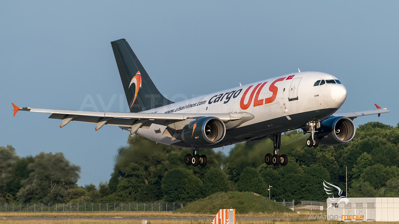 ULS Cargo AIrlines / Airbus A310-308(F) / TC-SGM