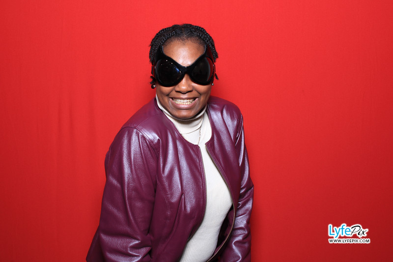 eastern-2018-holiday-party-sterling-virginia-photo-booth-0076.jpg