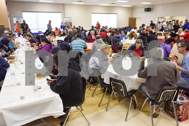 Downtown Rescue Mission in Hunttsvile serves holiday meals