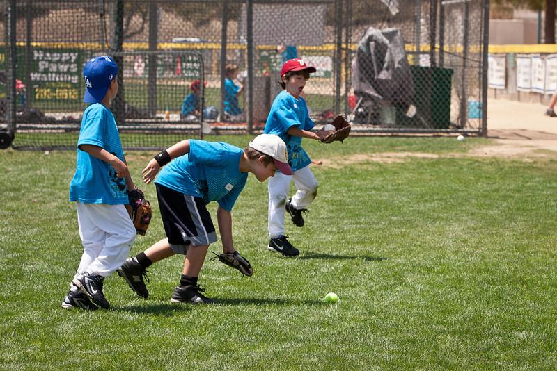 110628_CBC_BaseballCamp_4275.jpg
