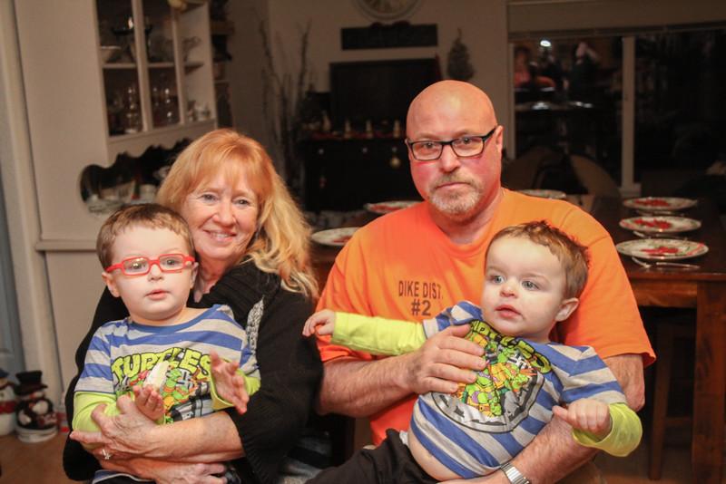 family-9637.jpg
