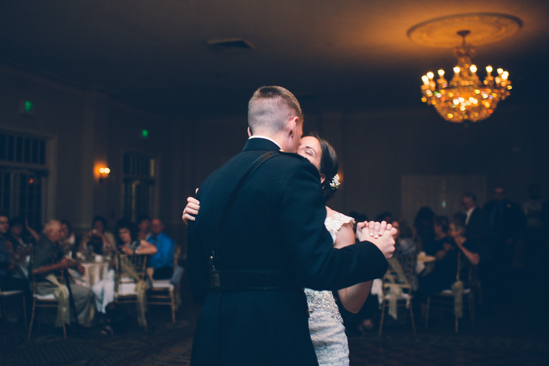 Philadelphia Wedding Photographer - Bernreuther-621.jpg
