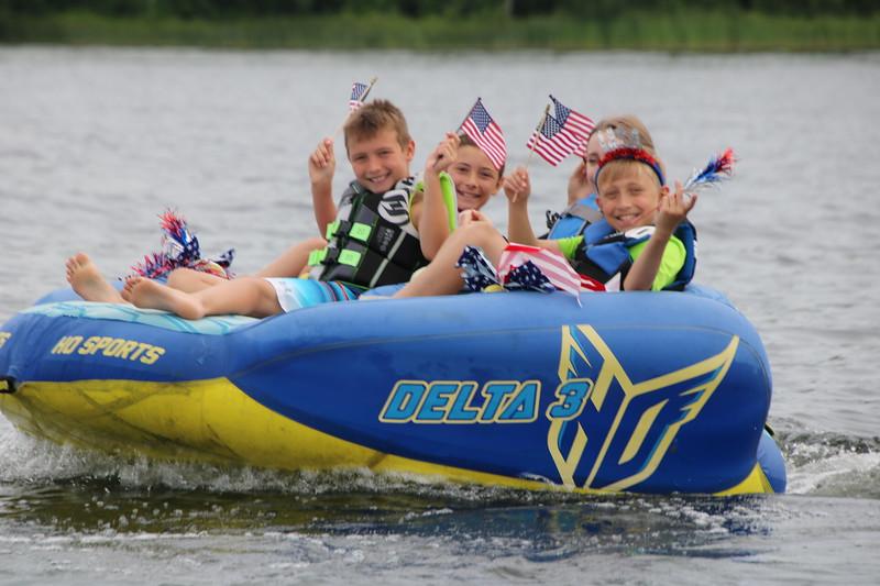 2019 4th of July Boat Parade  (49).JPG