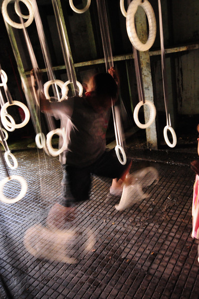 200 gymnastic rings used for a performance by the dancer William Forsythe
