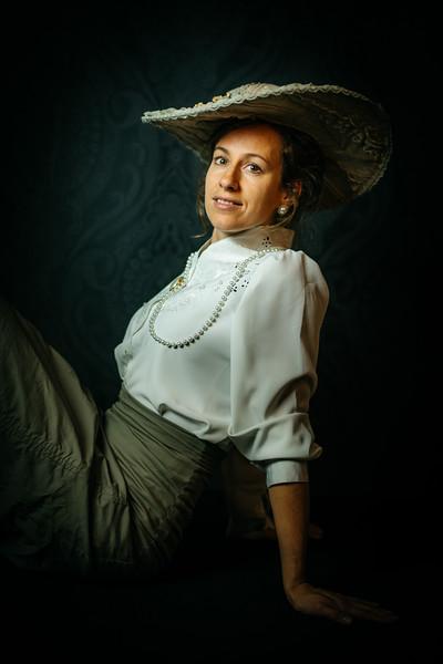 portret-BelleEpoque-Esther-studio-26.jpg