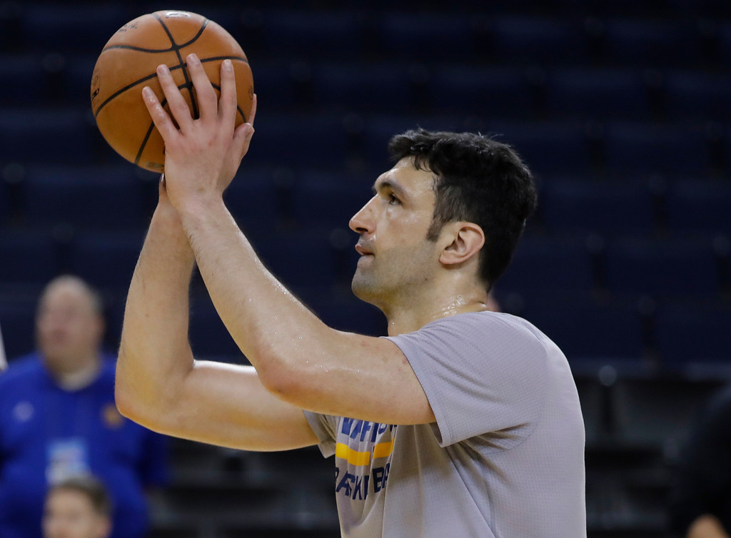 . Golden State Warriors\' Zaza Pachulia shoots during an NBA basketball practice, Wednesday, May 31, 2017, in Oakland, Calif. The Golden State Warriors face the Cleveland Cavaliers in Game 1 of the NBA Finals on Thursday in Oakland. (AP Photo/Marcio Jose Sanchez)