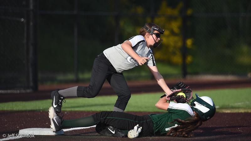Softball - 2019-05-13 - ELL White Sox vs Sammamish (17 of 61).jpg
