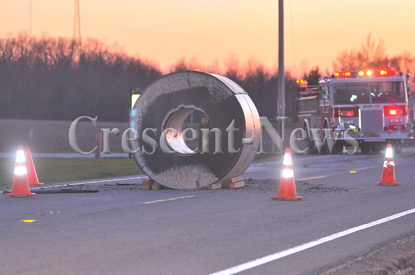04-12-16 news wreck on bend and 18
