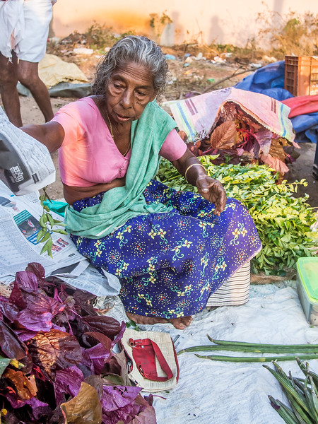 women at the market 2.jpg