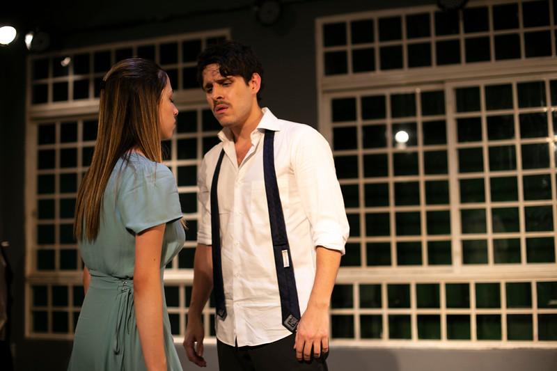 Allan Bravos - Celia Helena - O Beijo no Asfalto-2405.jpg