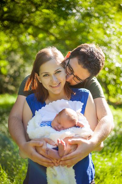 Sylvain & Tereza, Bump & Baby
