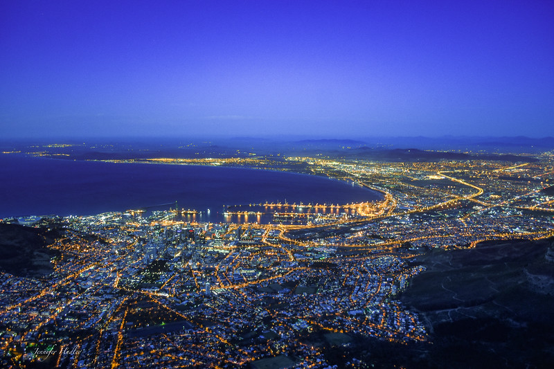 Capetown at night.jpg