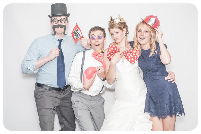 Laura+Ross-Wedding-Photobooth-088.jpg