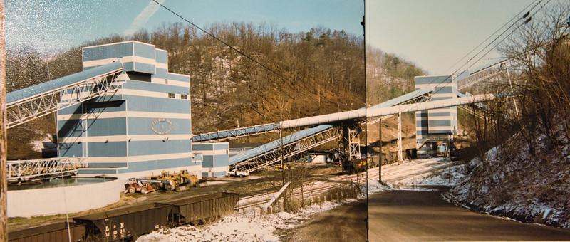 Golden Oak Mine and Tipples near Hazard