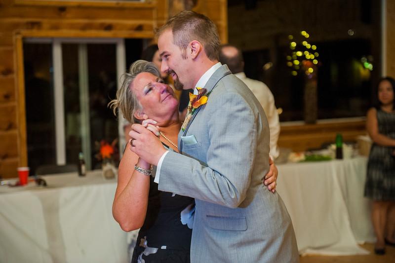 Jodi-petersen-wedding-661.jpg