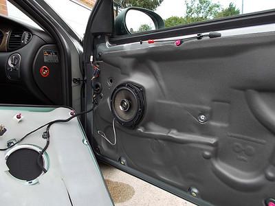 2006 Jaguar X-type Estate Front Door Speaker Installation - United Kingdom