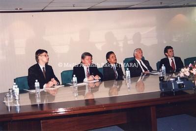 1994 - LAWATAN DARI GERMAN KE IBU PEJABAT MARA