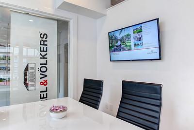 Engel & Volkers Office Shoot Hi-Res