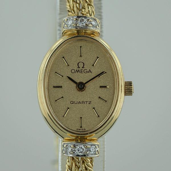 gold watch-2083.jpg