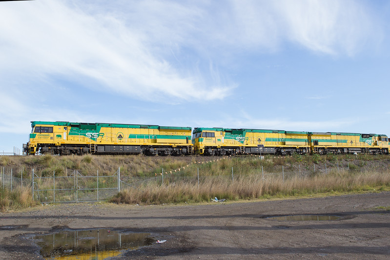 Train-Kooragang_GL_8722.jpg
