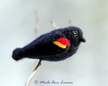 Wool birds - needle felting patterns by Hannah Knick