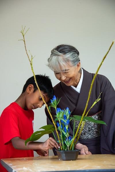 Grade 2-ICJC Ikebana-YIS_7587-2018-19.jpg