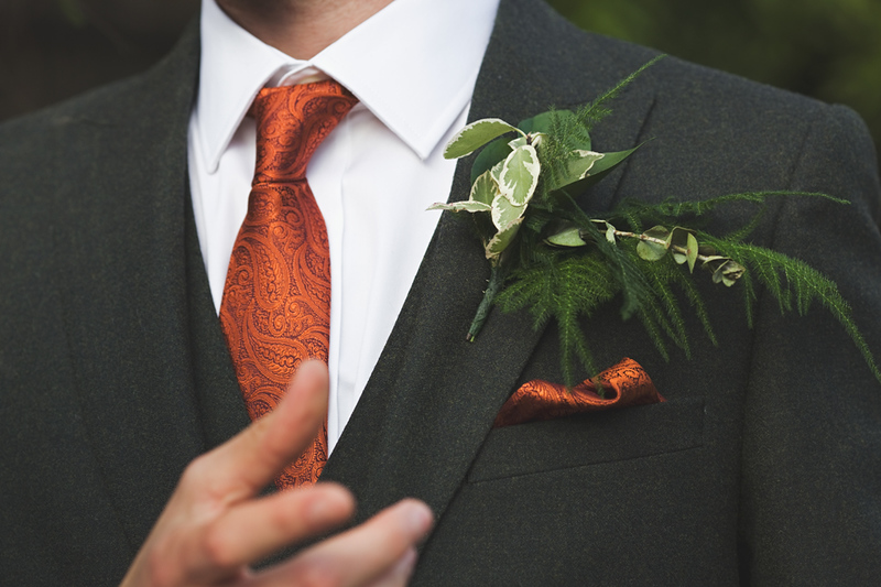 wedding-photographer-groom-detail-prioryhall-(45).jpg