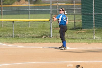 Softball-Batavia-May6-2015