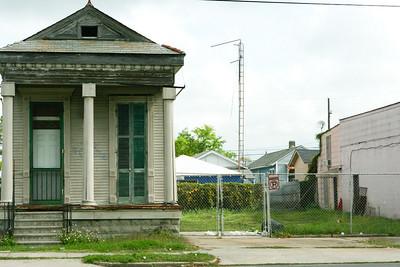 Hurricaine Katrina's effects on NOLA