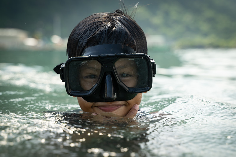 This is Mark. He was using the goggles to look for trash under the water's surface.