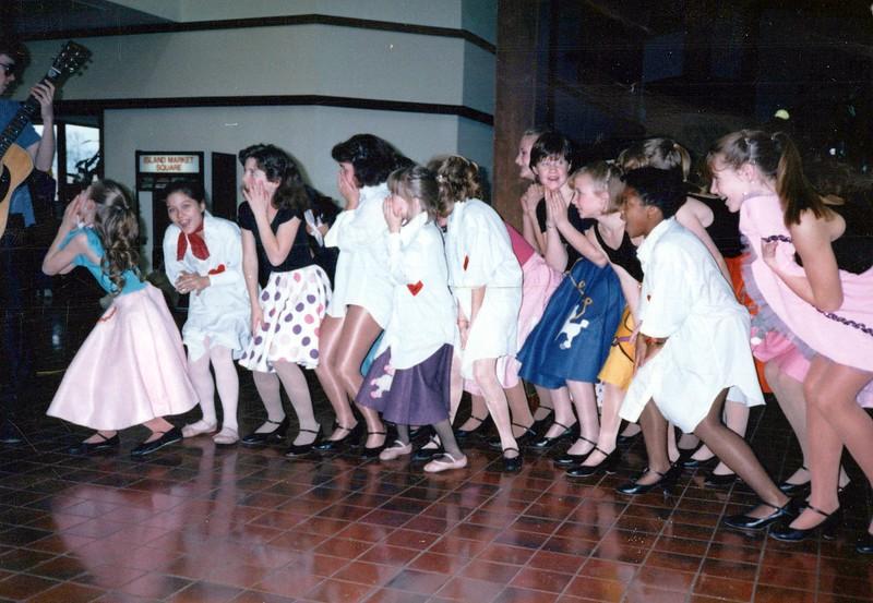 Dance_1812_a.jpg