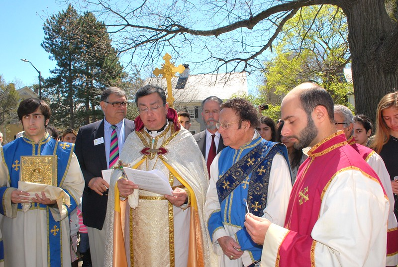 Fr. Vasken A. Kouzouian, pastor, conducting a prayer service for the Holy Martyrs of the Armenian Genocide.