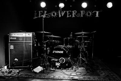 Stevie Nimmo Trio @ The Flowerpot March 2014