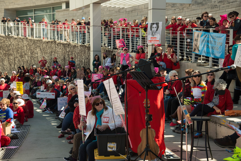Crowd Deborah Hoag-5464.jpg