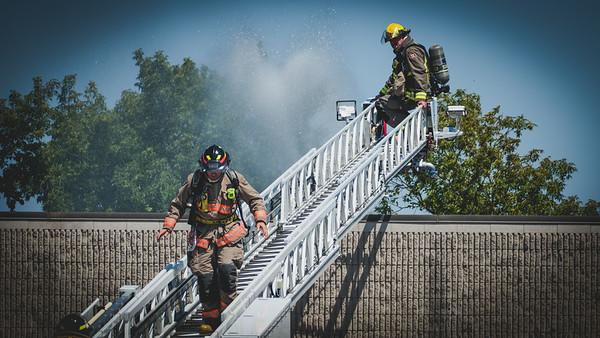 Mississauga, ON - Working Fire - 95 Joymar Dr - August 14, 2020