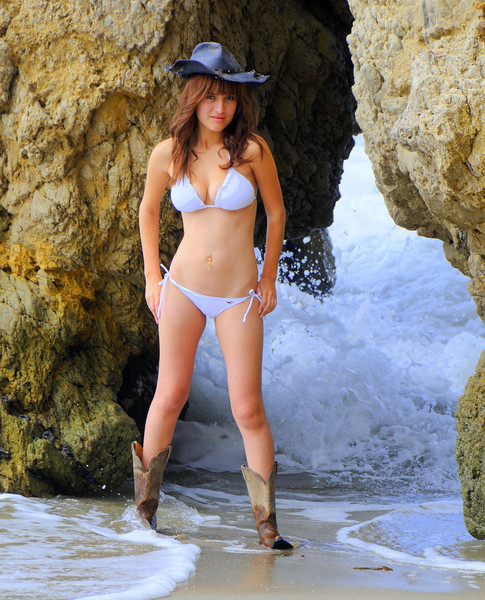 swimsuit model beautfiful woman malibu 538.4.4.5