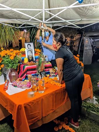 10-30-2020 Preparing altars for Dia de Los muertos