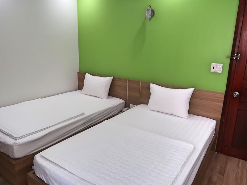 IMG_3536-hung-vuong-beds.jpg