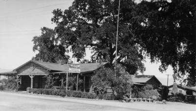 Bush's Log Cabin