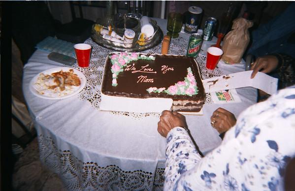 2003-3 Mom's.Genero's Party