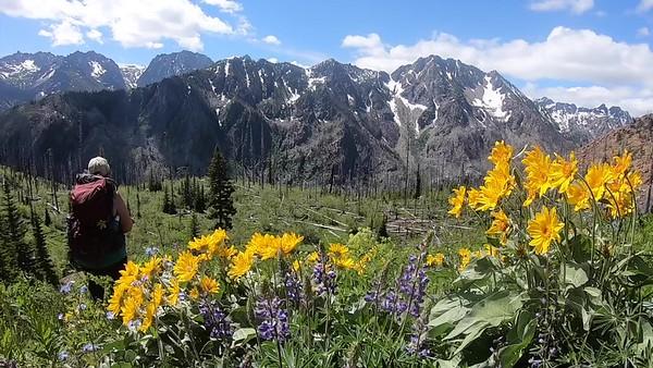 The Enchantments Caroline Lake Trail