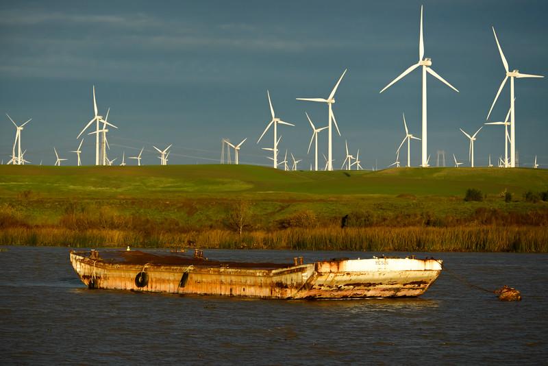 Delta Barge 2-0758.jpg