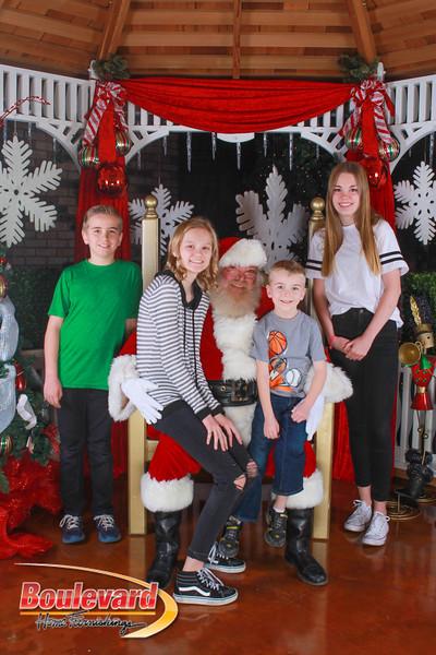 Santa 12-10-16-93.jpg