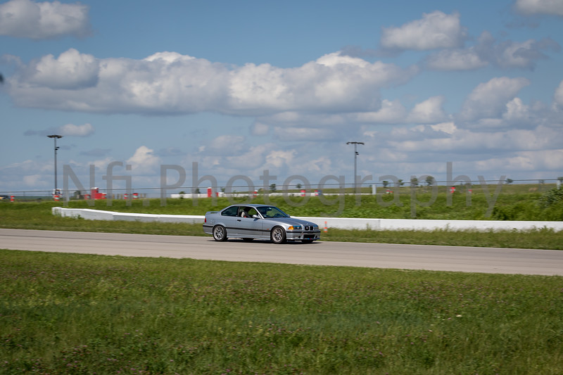 Flat Out Group 1-325.jpg