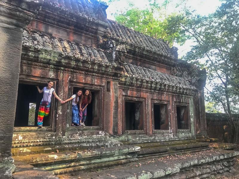 Cambodia Service 2018-8522.jpg