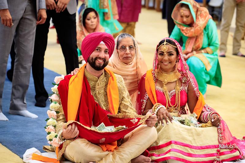 Neelam_and_Matt_Gurdwara_Wedding-1518.jpg