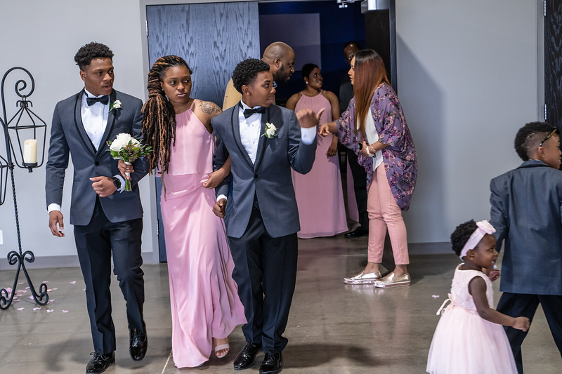 Clay Wedding 2019-00218.jpg