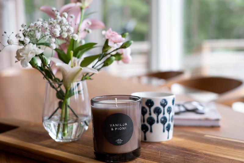 Saaren Taika huonetuoksu tuoksukynttilät sisustus lifestyle (25 of 30).jpg