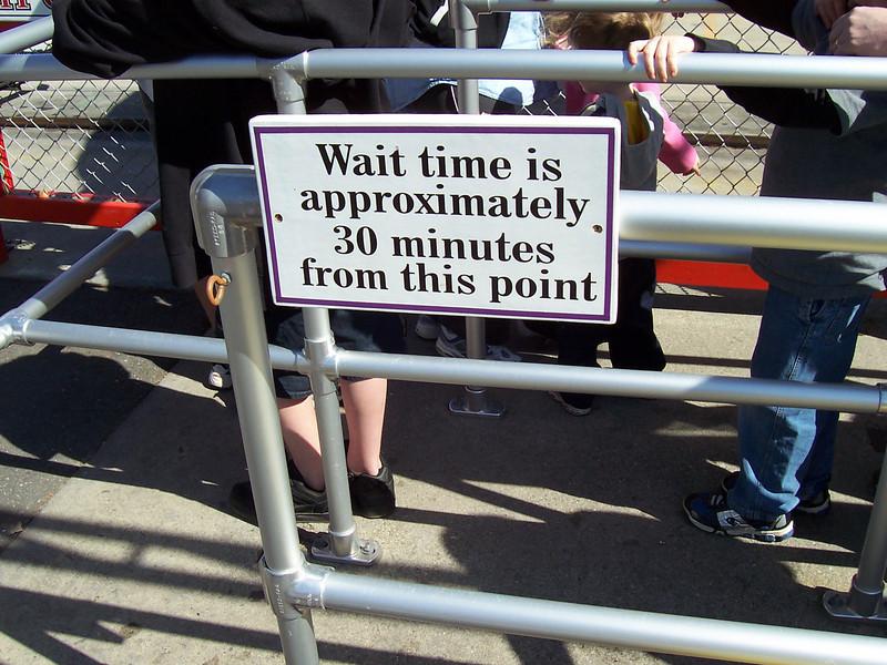 New sign on the Canobie 500 queue.